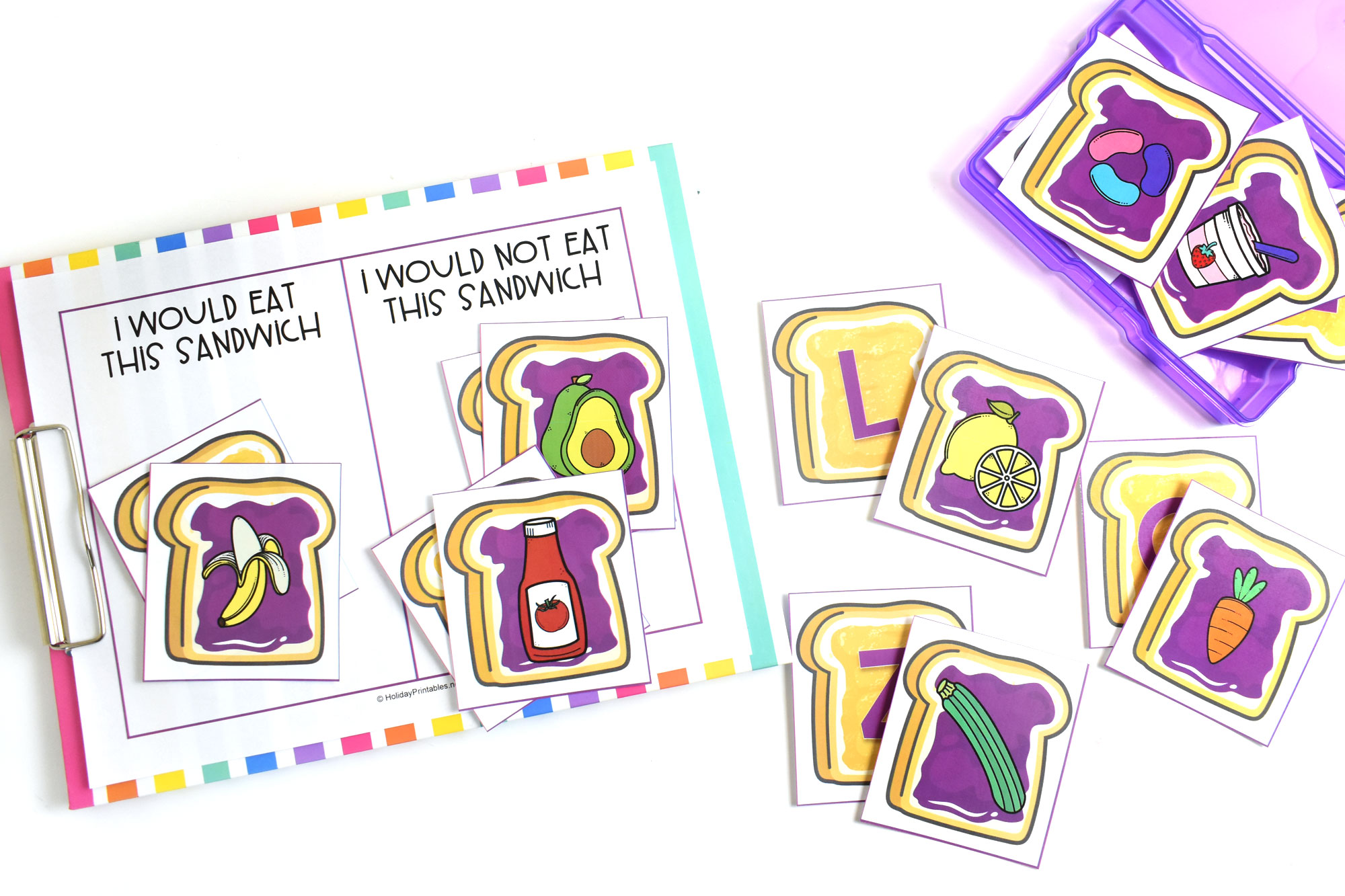 Peanut Butter and Jelly Letter Matching Activity | HolidayPrintables.net #printables #peanutbutterandjelly #alphabetprintables #preschoolprintables #educationprintables #homeschoolprintables #weloveprintables #holidayprintables